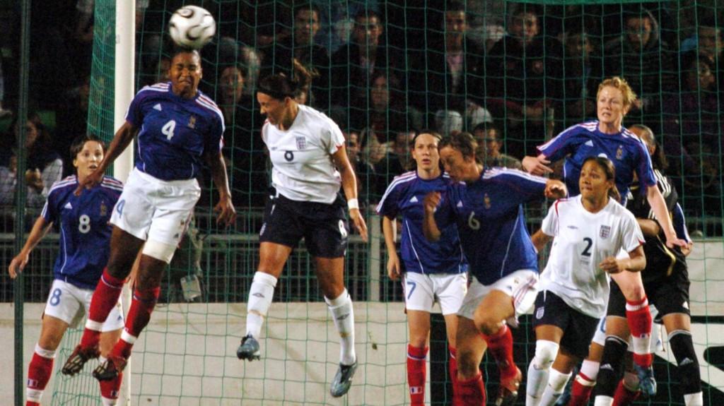 Footballeuses françaises durant un match